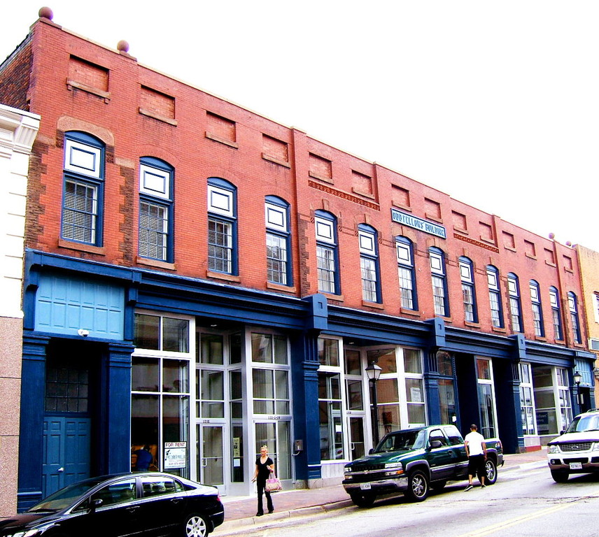76 Best Images About Historic Downtown Storefronts On: Odd Fellows Commercial Storefronts In Downtown Petersburg